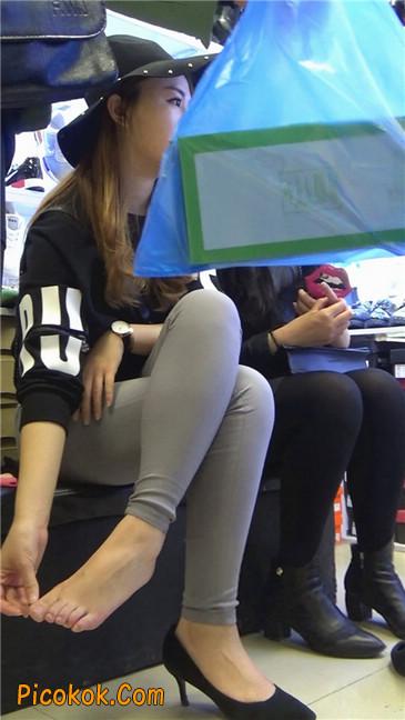 长篇大作:美女试鞋2