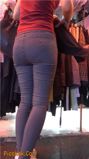 紧身条纹黑裤丰臀美女5