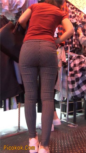 紧身条纹黑裤丰臀美女13