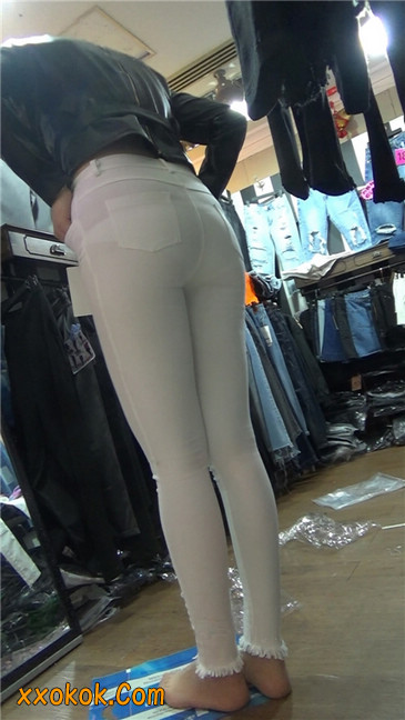 性感紧身皮裤丰臀少妇. 第二季9