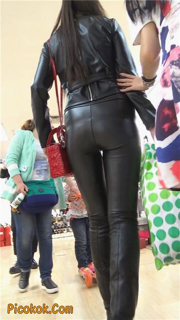 性感紧身皮裤丰臀少妇. 第三季6