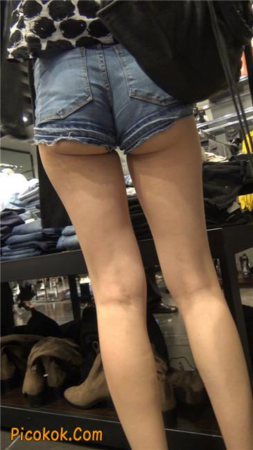 极品大长腿超短热裤露美臀之小美女