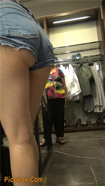 极品大长腿超短热裤露美臀之小美女5