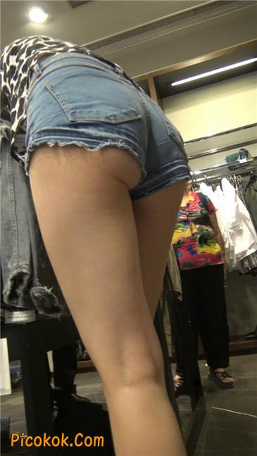 极品大长腿超短热裤露美臀之小美女6