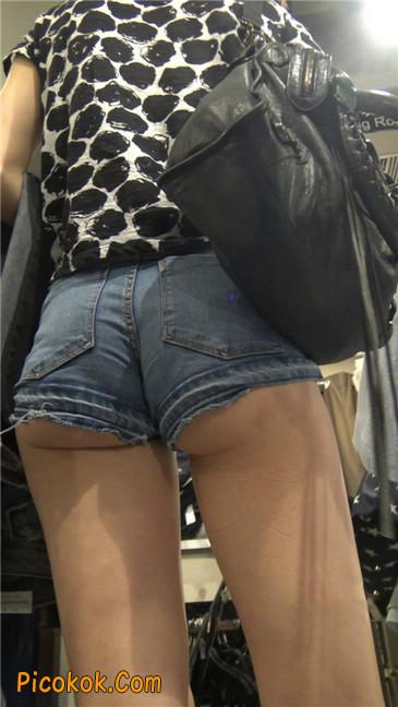 极品大长腿超短热裤露美臀之小美女10