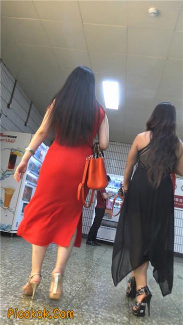 性感红裙金色高跟美臀美女3