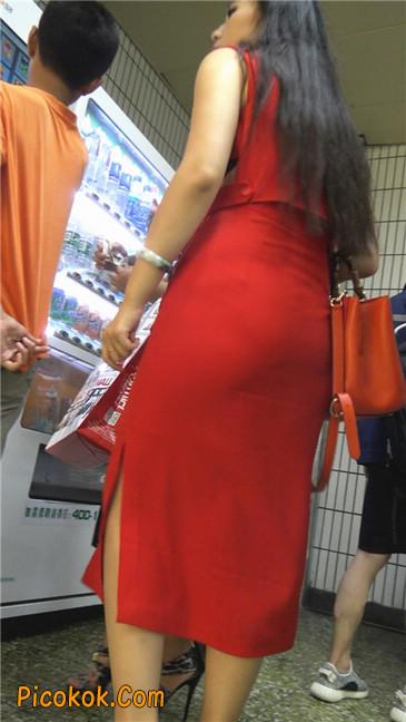 性感红裙金色高跟美臀美女5