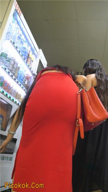 性感红裙金色高跟美臀美女7