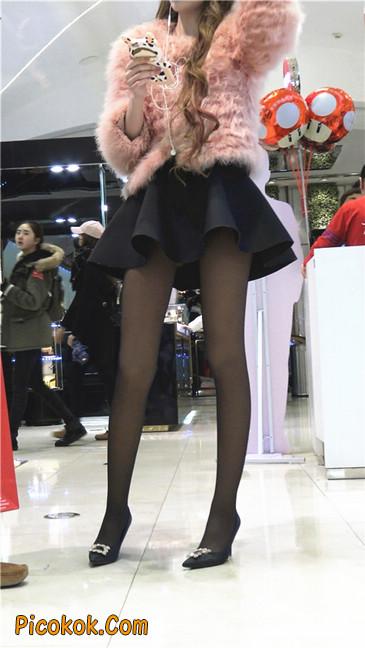 超短裙大长腿黑丝美女