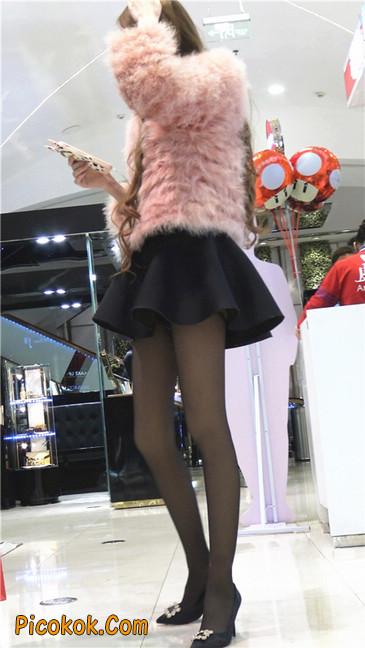 超短裙大长腿黑丝美女2