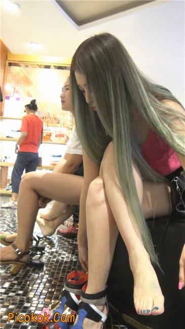 超性感粉色高跟黑色短裤丰腴少妇买鞋12