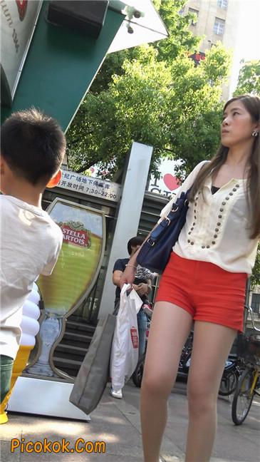 性感红热裤肉丝美妇9