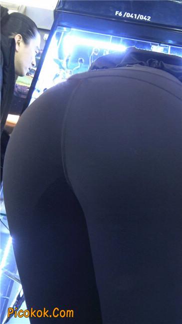 身材出众气质极佳的耐克紧身裤美女第一季4