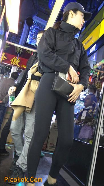 身材出众气质极佳的耐克紧身裤美女第一季5