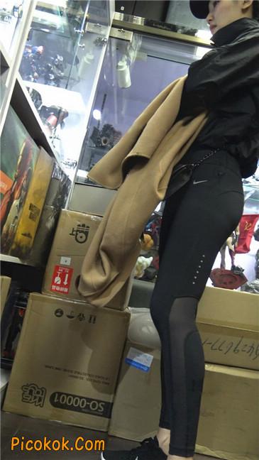 身材出众气质极佳的耐克紧身裤美女第二季2