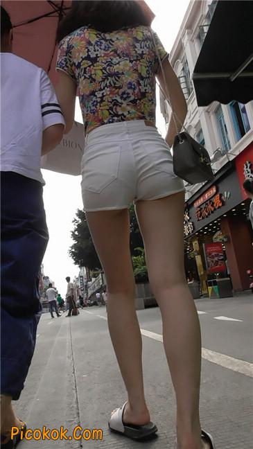 白热裤MM2