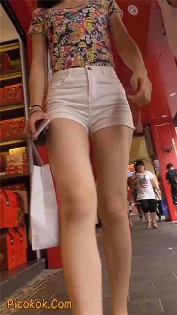白热裤MM5