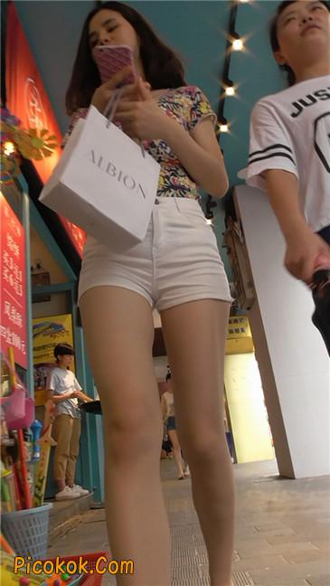 白热裤MM9