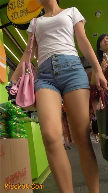 长腿丰臀牛仔热裤MM2