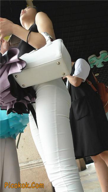 极品白裤翘臀学妹6
