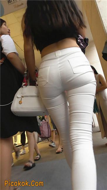 极品白裤翘臀学妹17