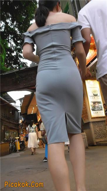 灰紧身裙少妇1