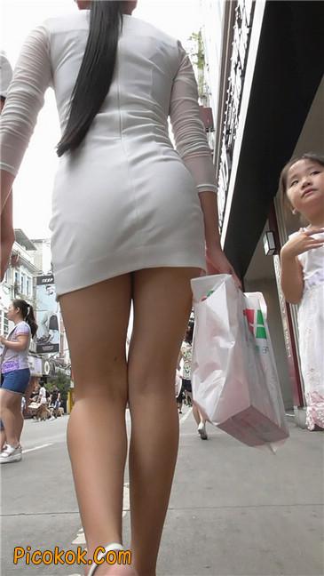 白紧身裙少妇1
