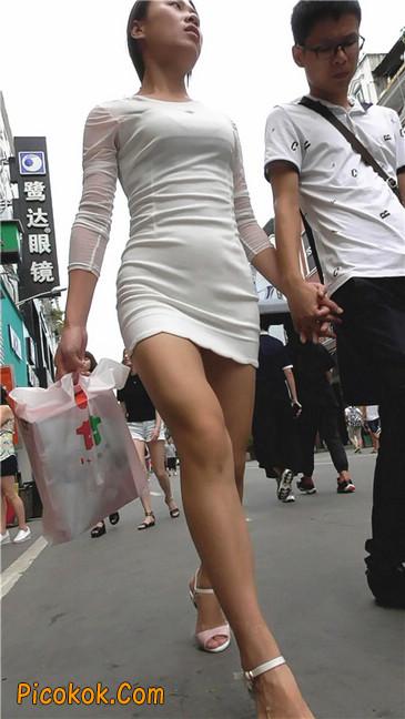 白紧身裙少妇6