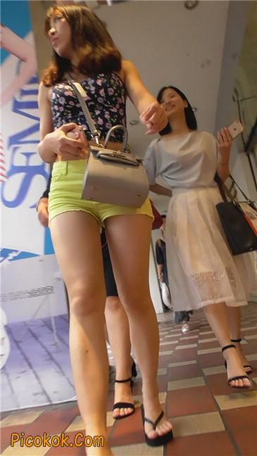 黄色热裤MM4