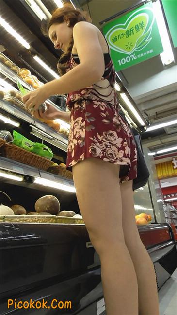 花样热裤西女4