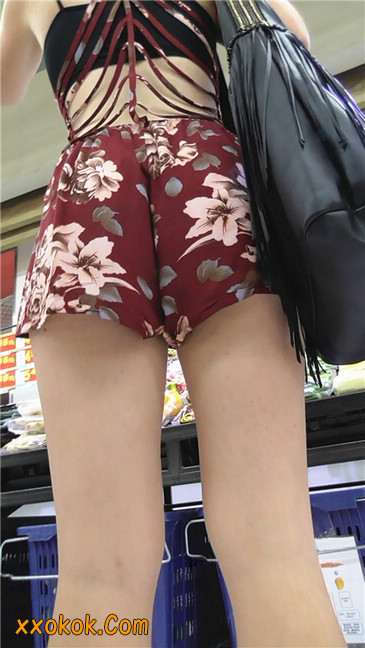 花样热裤西女6