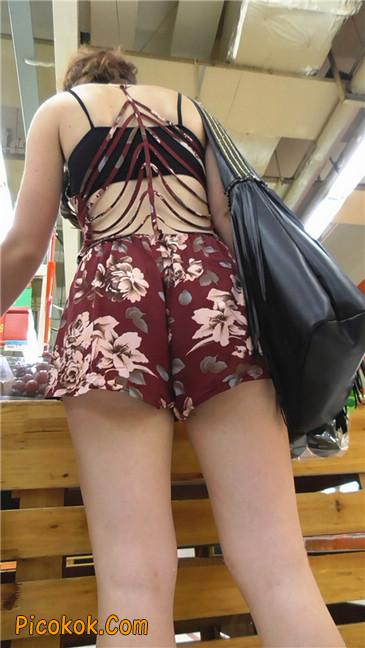 花样热裤西女9