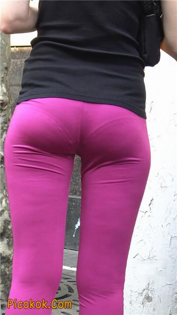 极品粉红紧身瑜伽裤美女14
