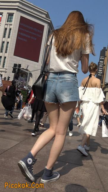 超短蓝牛热裤外国美女1