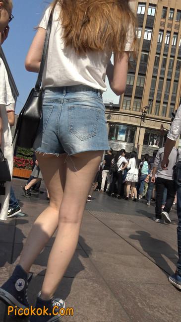 超短蓝牛热裤外国美女3