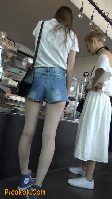 超短蓝牛热裤外国美女5