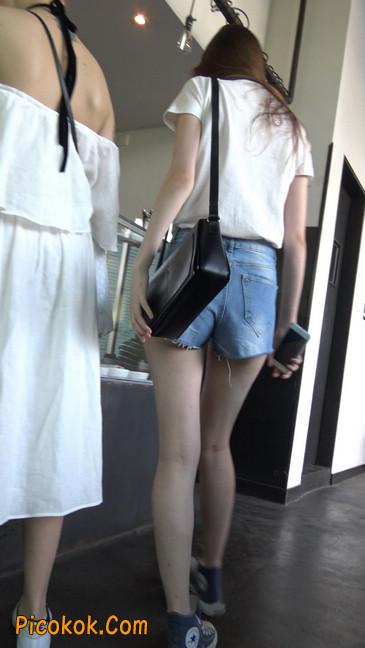 超短蓝牛热裤外国美女6