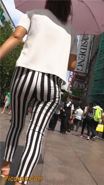黑白条纹紧身裤熟女3