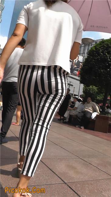 黑白条纹紧身裤熟女5