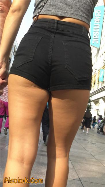 极品黑热裤大翘臀亚裔美妇8