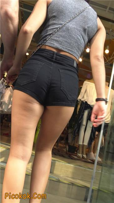 极品黑热裤大翘臀亚裔美妇19