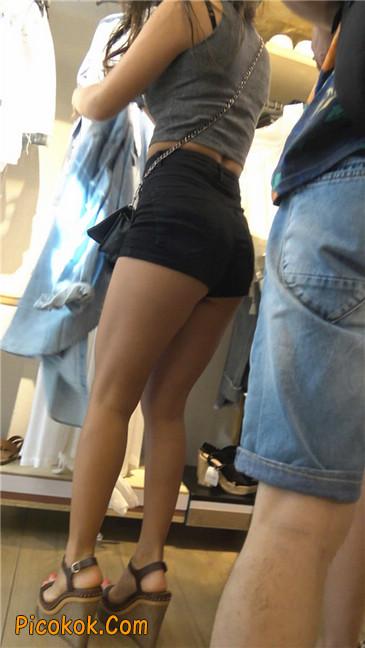 极品黑热裤大翘臀亚裔美妇27