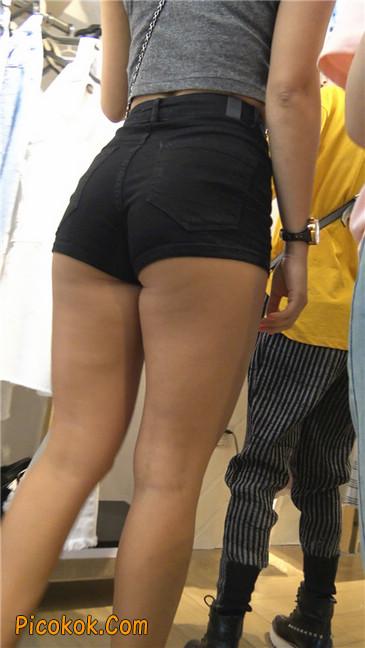 极品黑热裤大翘臀亚裔美妇32