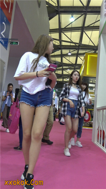 极品蓝牛热裤甜心美腿妹妹2