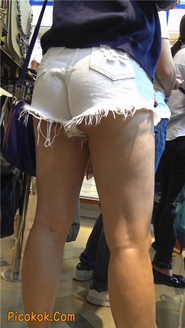 性感韵味短白热裤波浪发美女6