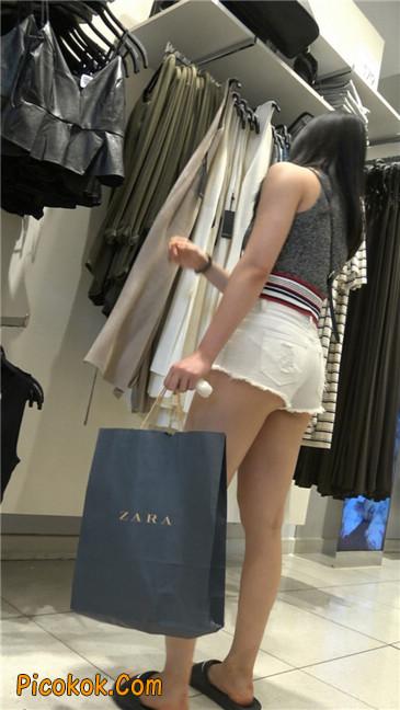 超短白热裤丰韵小少妇3