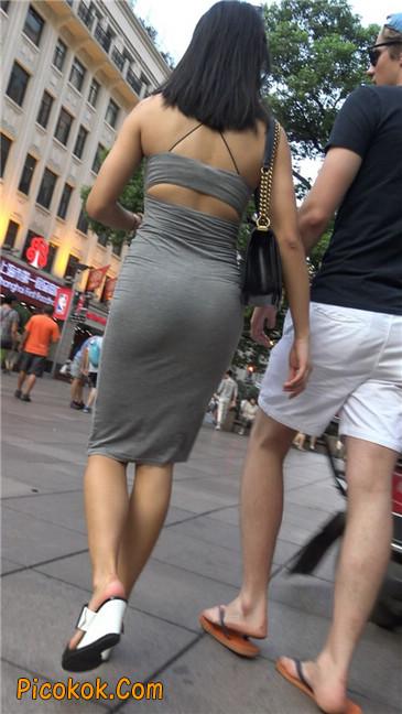 超极品超性感灰色露背包臀裙美女2
