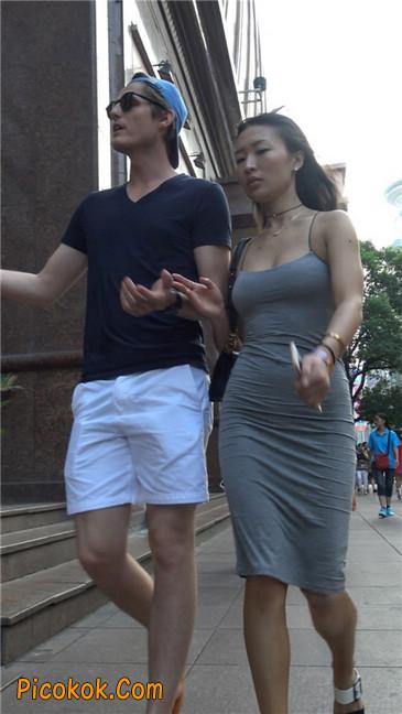 超极品超性感灰色露背包臀裙美女7