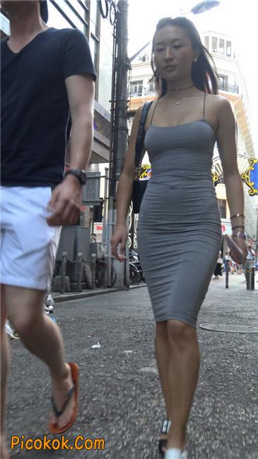 超极品超性感灰色露背包臀裙美女11