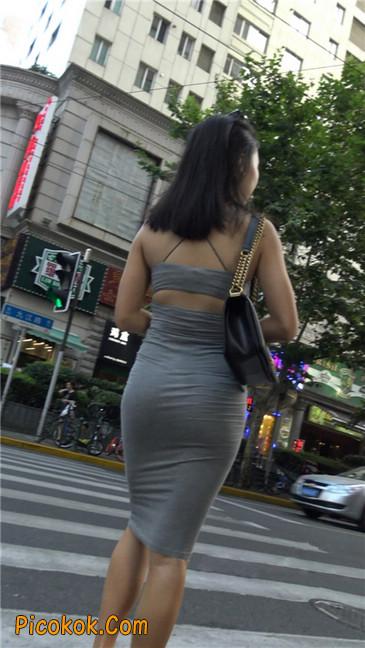 超极品超性感灰色露背包臀裙美女12